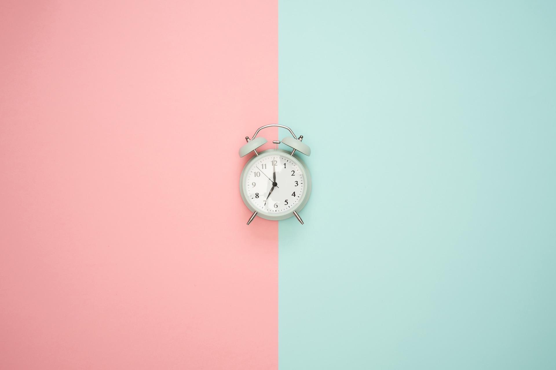Stress. Tijdsdruk. Alles moet nu. Geen tijd.