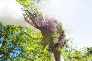 Floreren door geluk en genade. Foto bruidsboeket Stella.